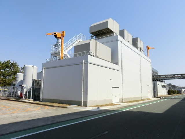 7,500 kWh gas engine co-generation system at Toyohashi Plant (upgraded in November 2018)