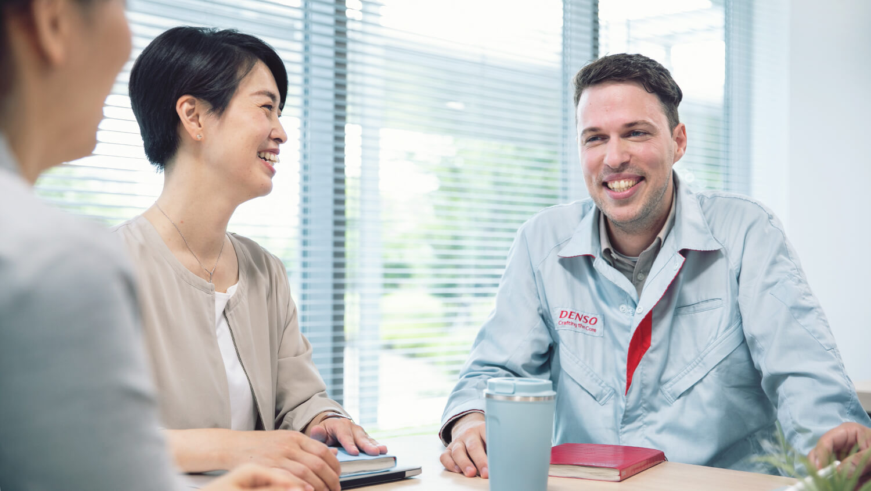 at-jp-glance-img-company