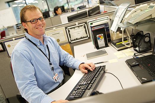 dscn-img-employee
